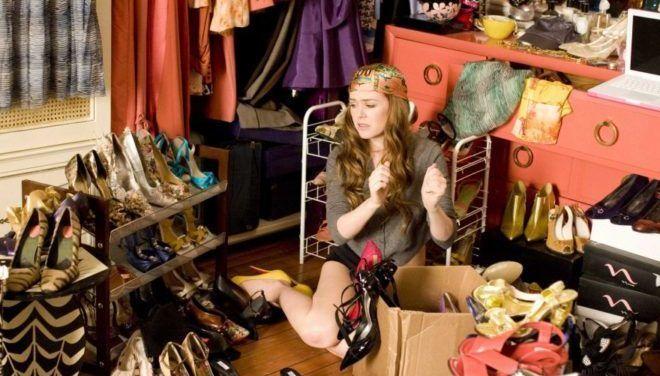 Ненужные предметы гардероба из шкафа