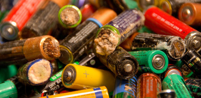 Как разлагаются батарейки