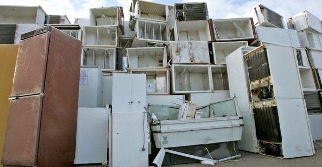 Куда сдавать старый холодильник
