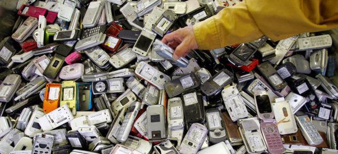 Переработки мобильников