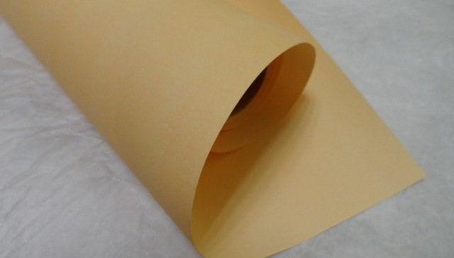 Плотная канцелярская бумага