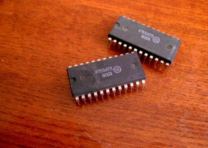 Микросхема К155