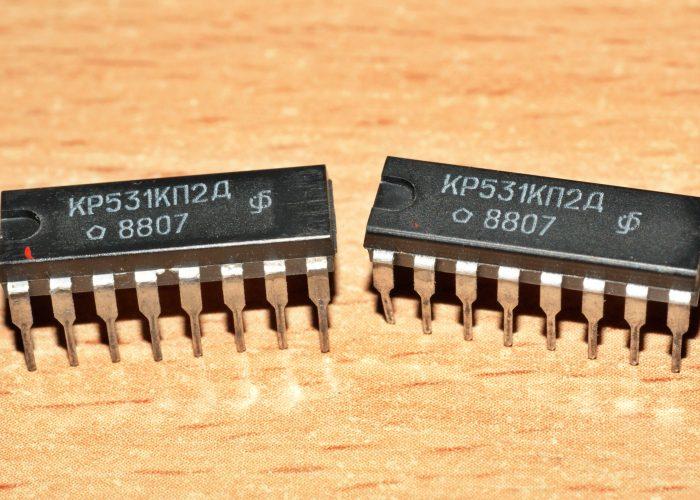 Микросхема К531