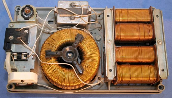 Трансформаторы ламповых телевизоров - источники меди